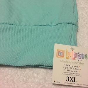 3X textured Lularoe Cassie skirt